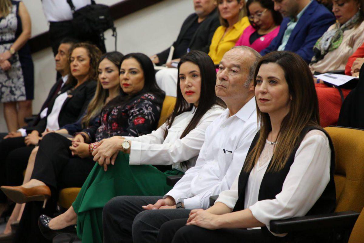 """Asiste la Comisionada Rosalba Robinson Terán a la conferencia: «La Defensa de la Constitución: a la luz de la reforma de 2011""""."""